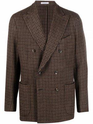 Двубортный пиджак в клетку Boglioli. Цвет: коричневый
