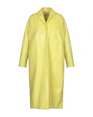 Легкое пальто MOMONÍ. Цвет: желтый