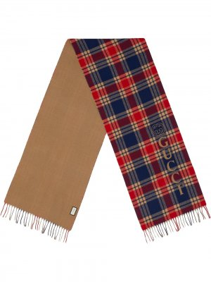 Клетчатый шарф с логотипом Gucci. Цвет: синий
