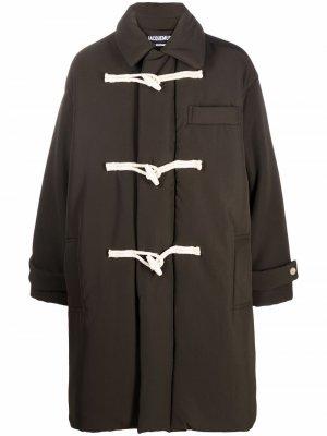 Однобортный дафлкот Jacquemus. Цвет: зеленый