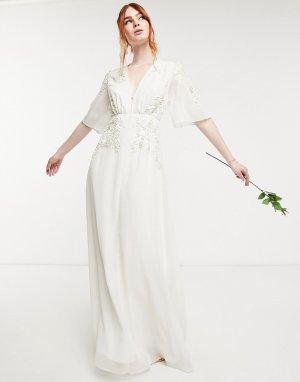 Свадебное платье макси цвета слоновой кости с глубоким вырезом и цветочной декоративной отделкой, украшенной бисером -Белый Hope & Ivy