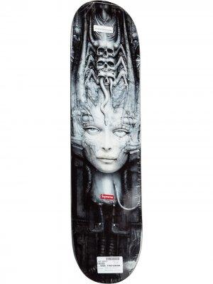 Дека для скейтборда Giger Li II Supreme. Цвет: серый