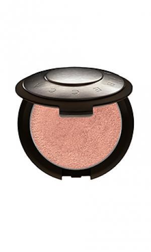Пудра-хайлайтер shimmering skin BECCA. Цвет: металлический медный