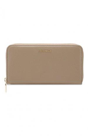 Кожаный кошелек Coccinelle. Цвет: бежевый