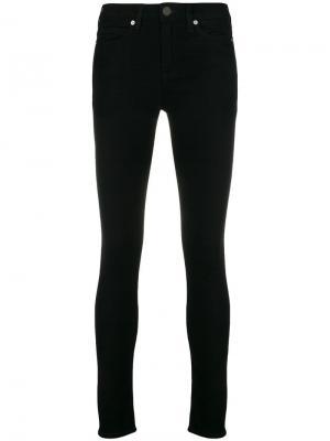 Классические брюки кроя слим Calvin Klein Jeans. Цвет: черный