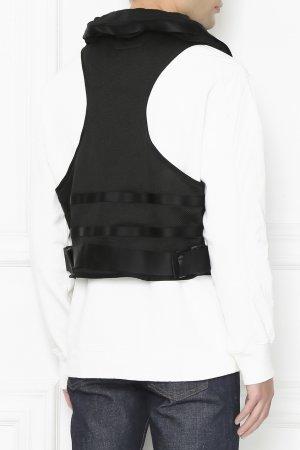 Черный жилет с карманами C.P. Company. Цвет: черный