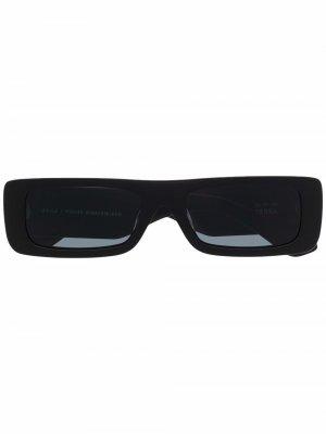Солнцезащитные очки в квадратной оправе POLITE WORLDWIDE. Цвет: черный