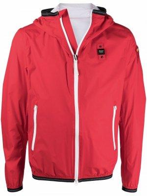 Куртка на молнии с капюшоном и логотипом Blauer. Цвет: красный