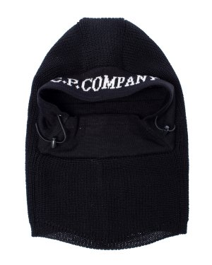 Лыжная маска 09CMAC246A UNI черный C.P.Company. Цвет: черный