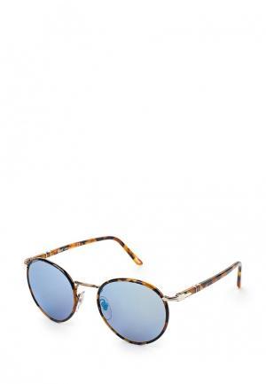 Очки солнцезащитные Persol PO2422SJ 1065O4. Цвет: коричневый