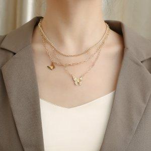 Многослойное ожерелье с цирконом бабочкой SHEIN. Цвет: золотистый