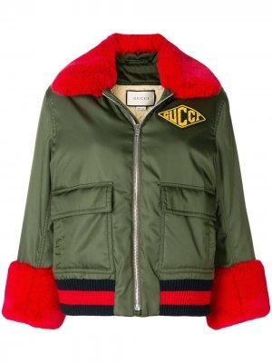 Куртка-бомбер с нашивкой логотипа Gucci. Цвет: зеленый