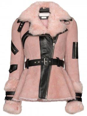 Шуба из овчины с поясом Alexander McQueen. Цвет: розовый