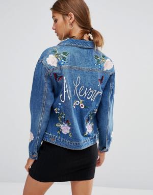 Сувенирная джинсовая куртка с вышивкой New Look. Цвет: синий