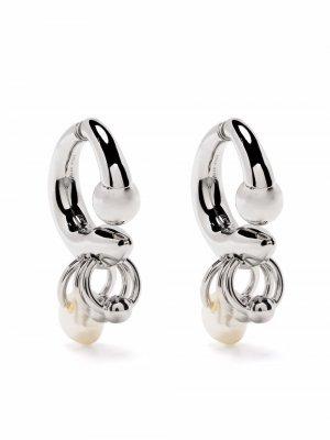 Декорированные серьги-кольца Acne Studios. Цвет: серебристый