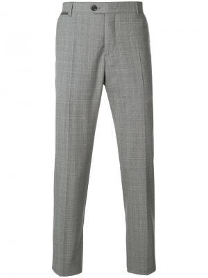 Клетчатые брюки классического кроя Eleventy. Цвет: серый