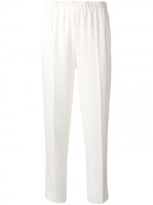 Креповые брюки Escada. Цвет: белый
