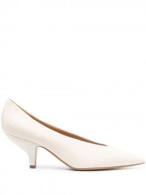 Туфли-лодочки на каблуке-рюмке Maison Margiela. Цвет: нейтральные цвета