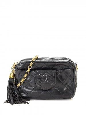 Каркасная сумка с кисточкой и логотипом CC Chanel Pre-Owned. Цвет: черный