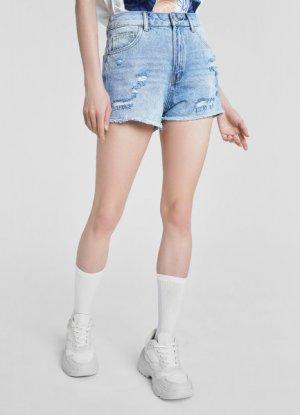Джинсовые шорты с дестроями O`Stin. Цвет: голубой
