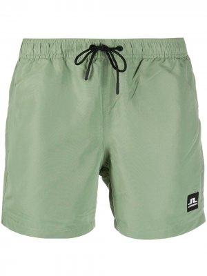 Плавки-шорты с нашивкой-логотипом J Lindeberg. Цвет: зеленый