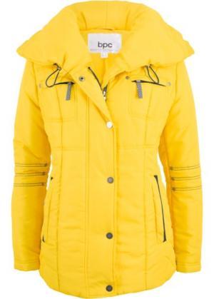 Стеганая куртка с большим воротником (желтый) bonprix. Цвет: желтый