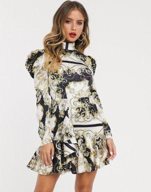 Платье мини с высоким воротом, принтом цепочек и оборкой по нижнему краю -Мульти Bardot
