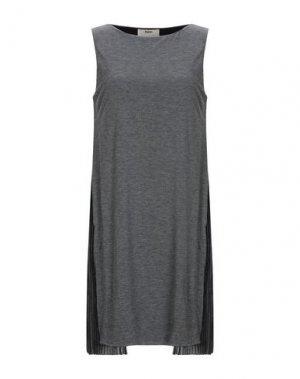 Короткое платье FUZZI. Цвет: свинцово-серый