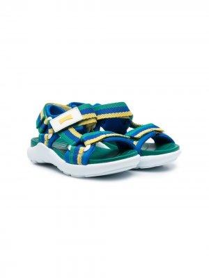 Полосатые сандалии на липучках Camper Kids. Цвет: зеленый