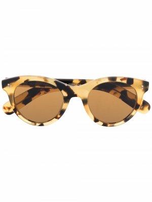 Солнцезащитные очки в круглой оправе Oliver Peoples. Цвет: желтый