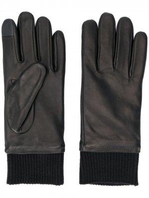 Однотонные перчатки Calvin Klein Jeans. Цвет: черный
