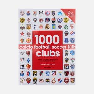Книга 1000 Football Clubs Universe Publishing. Цвет: белый