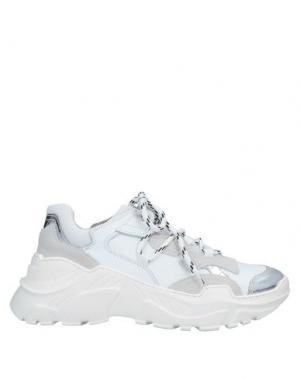 Низкие кеды и кроссовки CHIARINI BOLOGNA. Цвет: белый
