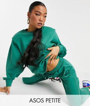 Зеленый спортивный костюм в стиле oversized из свитшота с подплечниками и свободных джоггеров ASOS DESIGN Petite-Зеленый цвет Petite