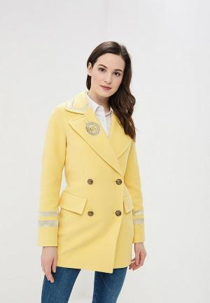 Пальто Grand Style. Цвет: желтый