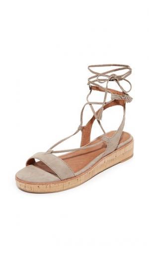 Гладиаторские сандалии Miranda Frye. Цвет: серый