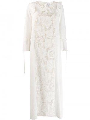 Платье с цветочной вышивкой Antik Batik. Цвет: белый