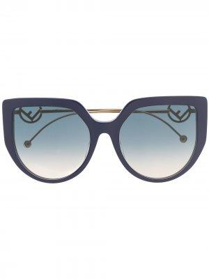Солнцезащитные очки в оправе кошачий глаз Fendi Eyewear. Цвет: синий