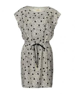 Короткое платье NÜMPH. Цвет: светло-серый