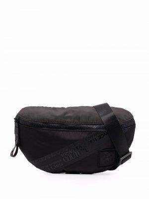 Logo-print belt bag Versace Jeans Couture. Цвет: черный