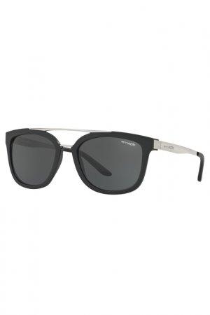 Солнцезащитные очки Arnette. Цвет: черный