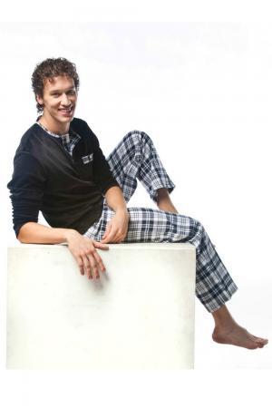 Пижама Lowry. Цвет: серый