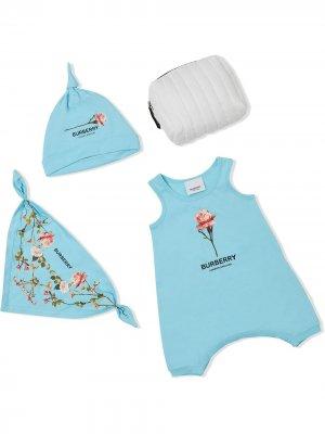 Комплект из боди, шапки и нагрудника с принтом Burberry Kids. Цвет: синий