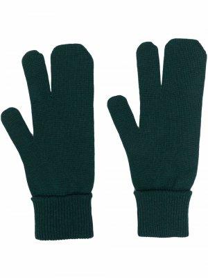 Knitted wool-blend gloves Maison Margiela. Цвет: зеленый