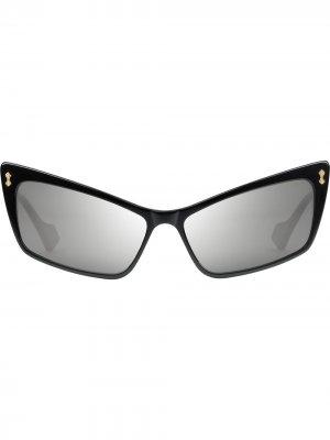Солнцезащитные очки в прямоугольной оправе Gucci Eyewear. Цвет: черный