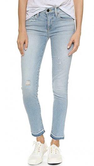 Укороченные джинсы Daphne Genetic Los Angeles. Цвет: голубой