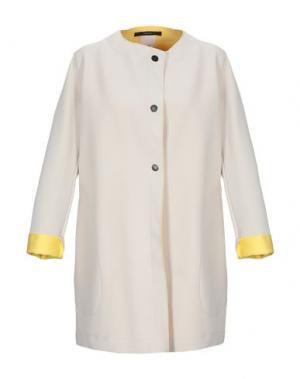 Легкое пальто MANUELA CONTI. Цвет: бежевый
