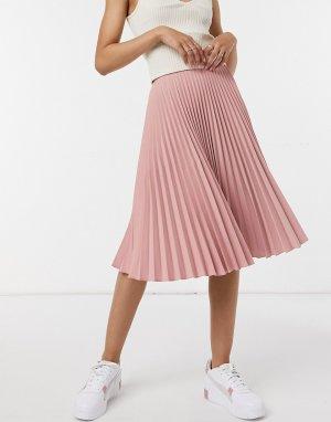 Нежно-розовая юбка миди с плиссировкой -Розовый цвет Closet London