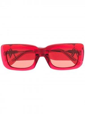 Солнцезащитные очки Marfa в прямоугольной оправе Linda Farrow. Цвет: красный