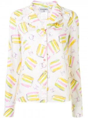 Рубашка 2001-го года с абстрактным принтом и логотип CC Chanel Pre-Owned. Цвет: белый